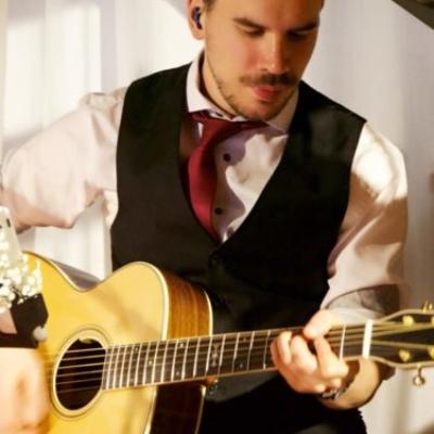 Pat Gitarrist von 9to5